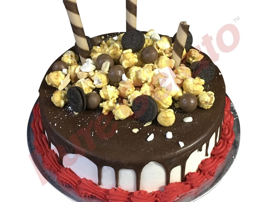Choc Drip Round Cluster Red Piping