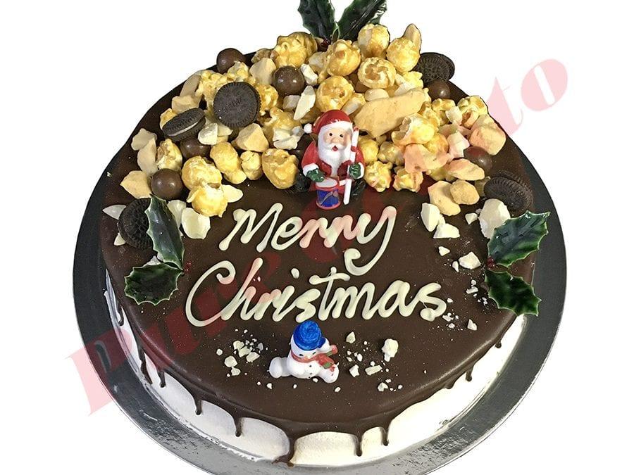 Christmas Cake Choc Drip Round Cluster Cake