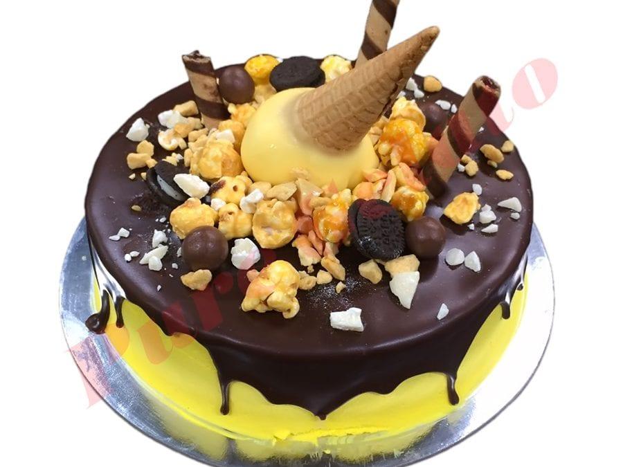 Cluster Cake Yellow Cream+Upside down Cone