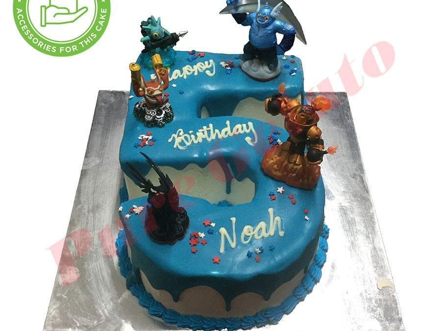 Numeral Cake 5 Blue Choc drip+customers acc