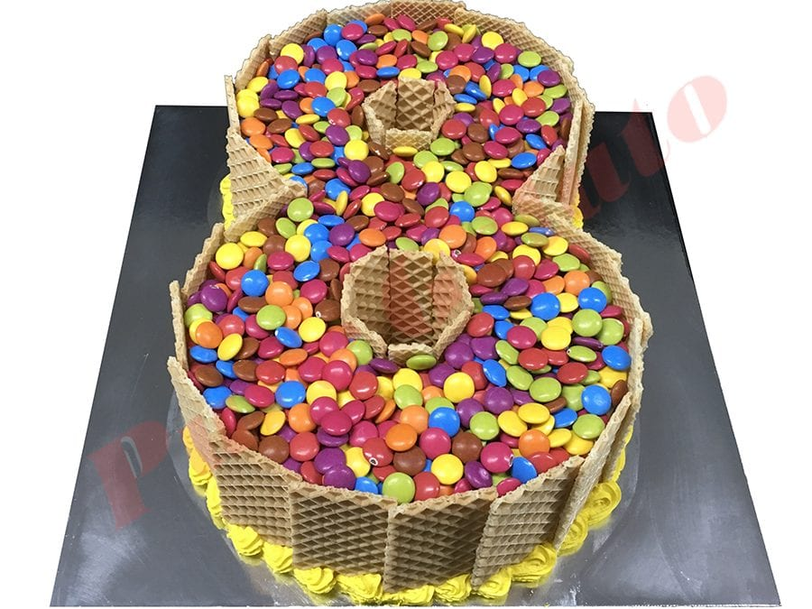 Numeral Cake 8 Smarties topping+wafer sides Yellow piping