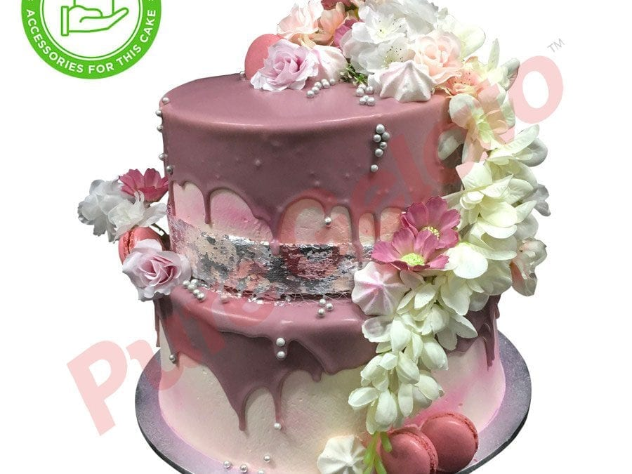 2 tier 4 stack 2 tone Cream coloured choc drip Customers accessories