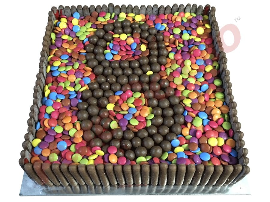 Choc teaser Smarties Filled+Malteser numeral 8