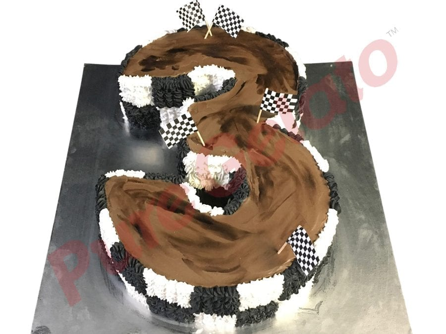 Numeral Cake 3 Brown cream track black+white piping