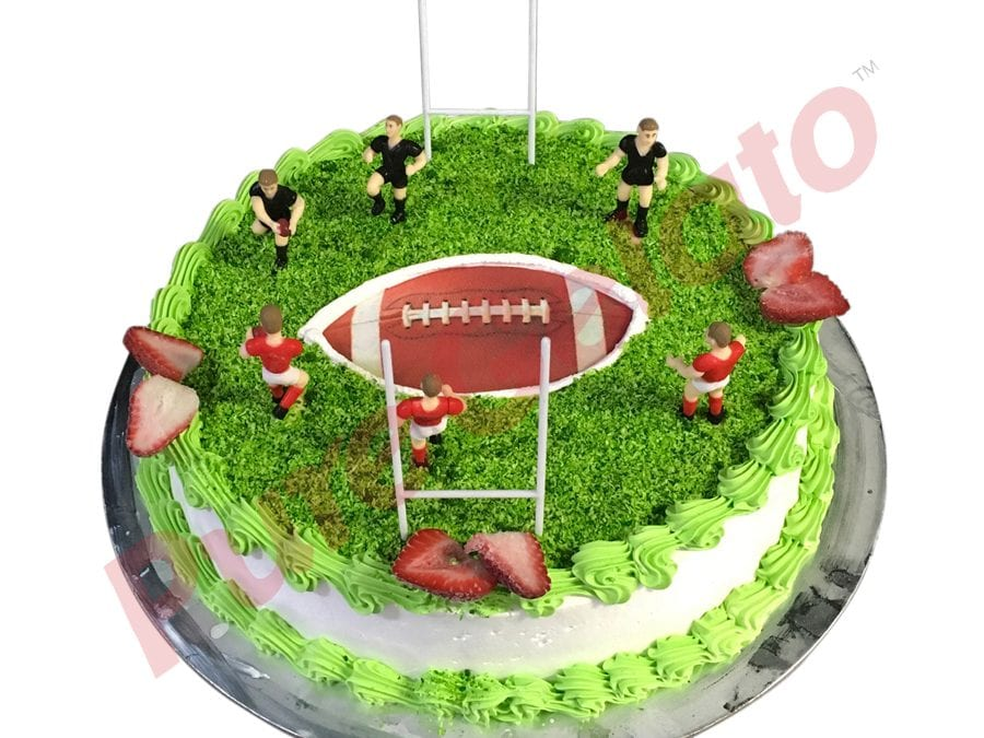 Sports-field-Cake-Full-Rugby-field+Ball-image-smooth-Cream-Green-piping