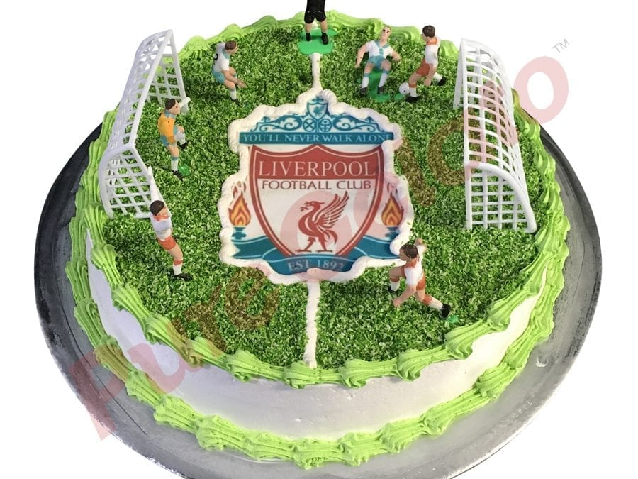 Sports-field-Cake-Full-Soccer-field+Liverpool-logo-smooth-Cream-Green-piping
