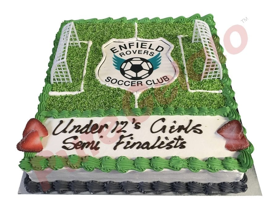 Sports-field-Cake-Soccer+Team-logo-smooth-Cream-Green-piping