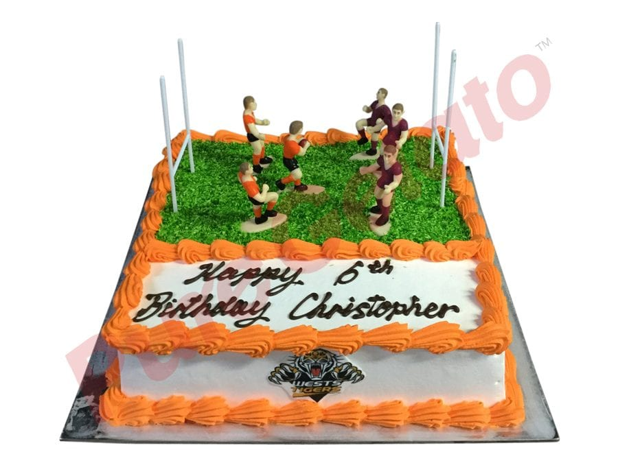 Sports-field-Cake-West-Tigers-football-field-smooth-Cream-Orange-piping