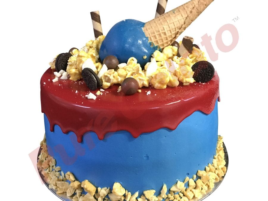 Double stack Red choc drip blue cream upside down Cone+cluster