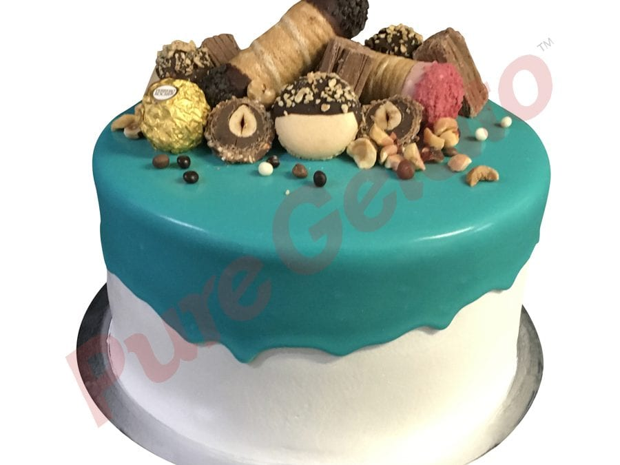 Double stack teal choc drip Cannoli Macaroon choc cluster
