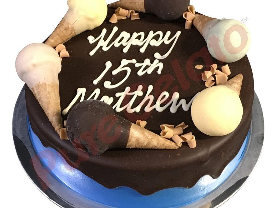Mini cone cake Chocolate drip Blue Cream