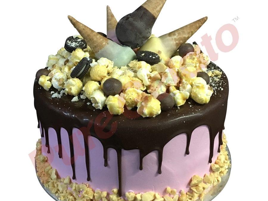 Mini cone cluster cake double stack Chocolate drip pink Cream