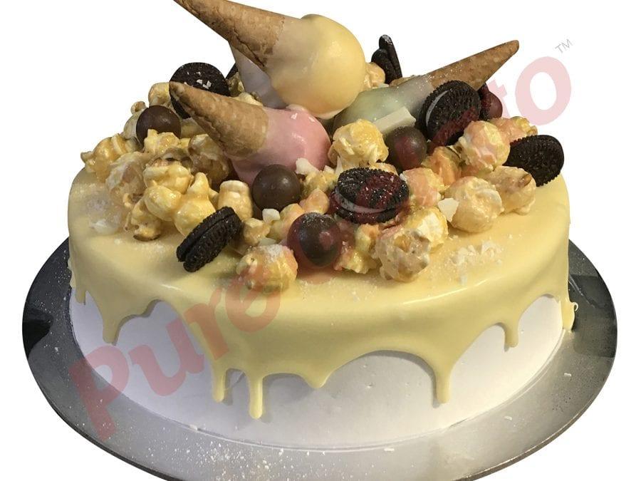 Mini cone cluster cake white Choc drip