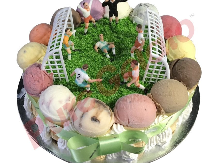 sports field cake round full soccer field scoop edges